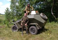 Бойцы на БА-64